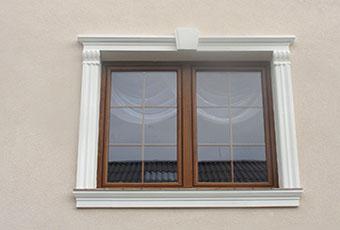 Ramy okienne ze wspornikami i zwornikami 6