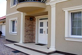 Elegancka fasada z pilastrami elewacyjnymi 4