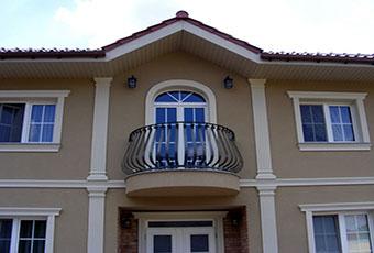 Elegancka fasada z pilastrami elewacyjnymi 12