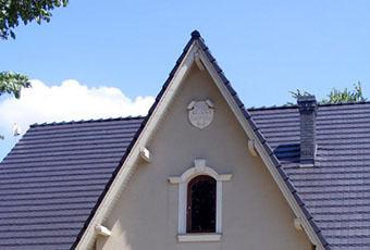 Ładny domek z ciekawym wejściem i indywidualnym dekorem 3