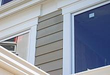 okna z wykorzystaniem prostych listew sztukateryjnych